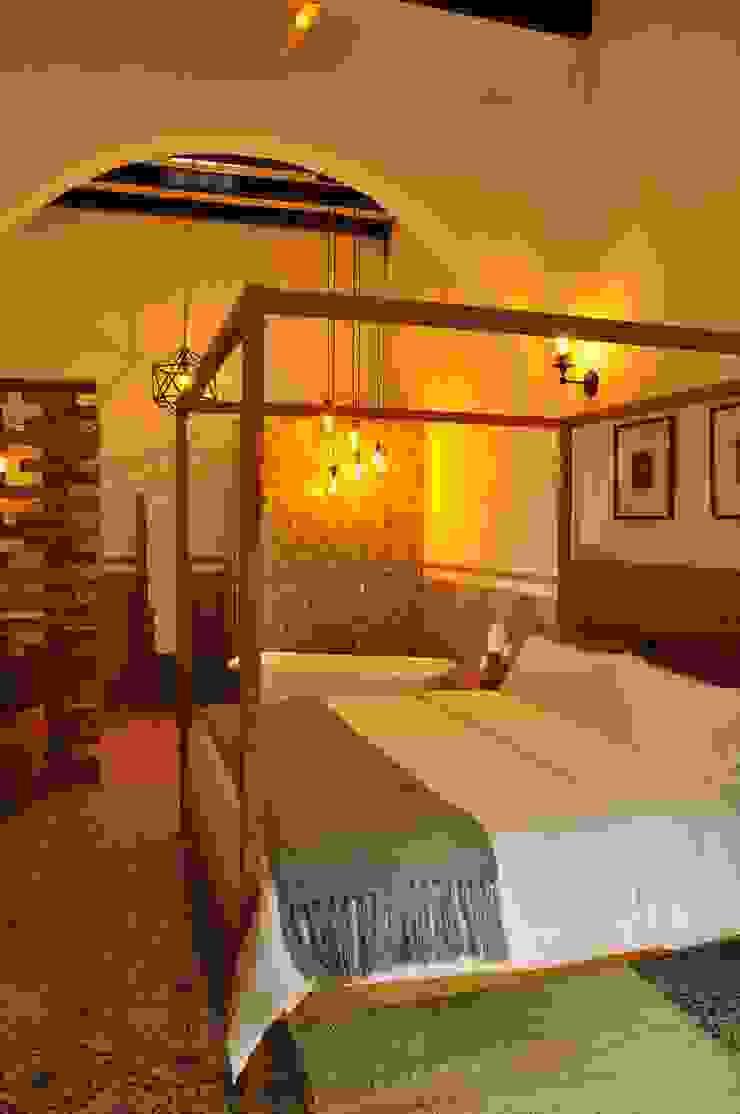 suite 4 by DE LEON PRO Colonial