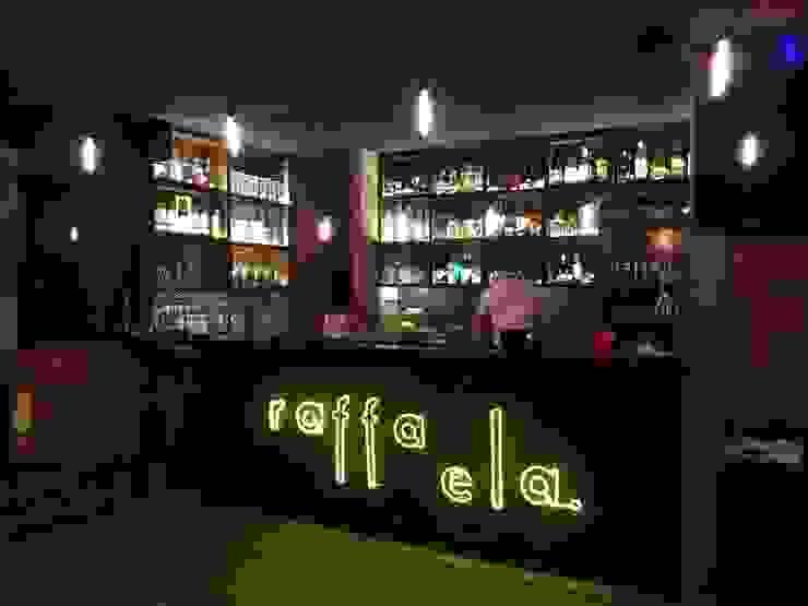 DE LEON PRO Bar & Klub Modern