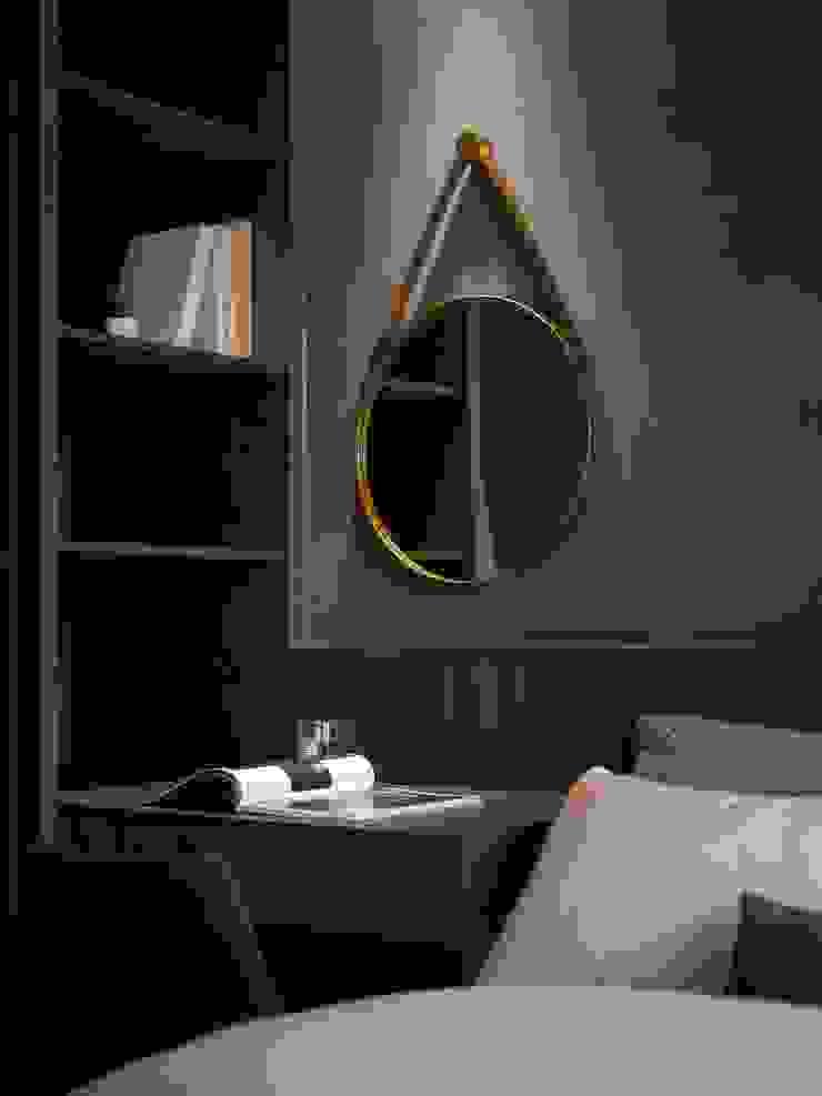 化妝鏡 Modern style bedroom by 極簡室內設計 Simple Design Studio Modern