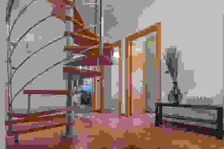 Mirna Casadei Home Staging 樓梯