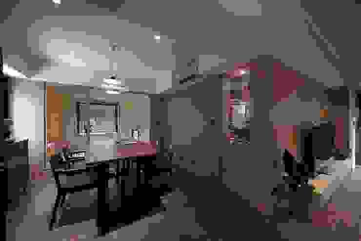餐廳後方為一客房 直方設計有限公司 Small bedroom