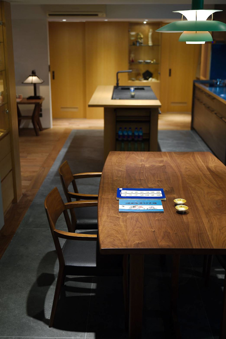直方設計有限公司 Dining roomTables