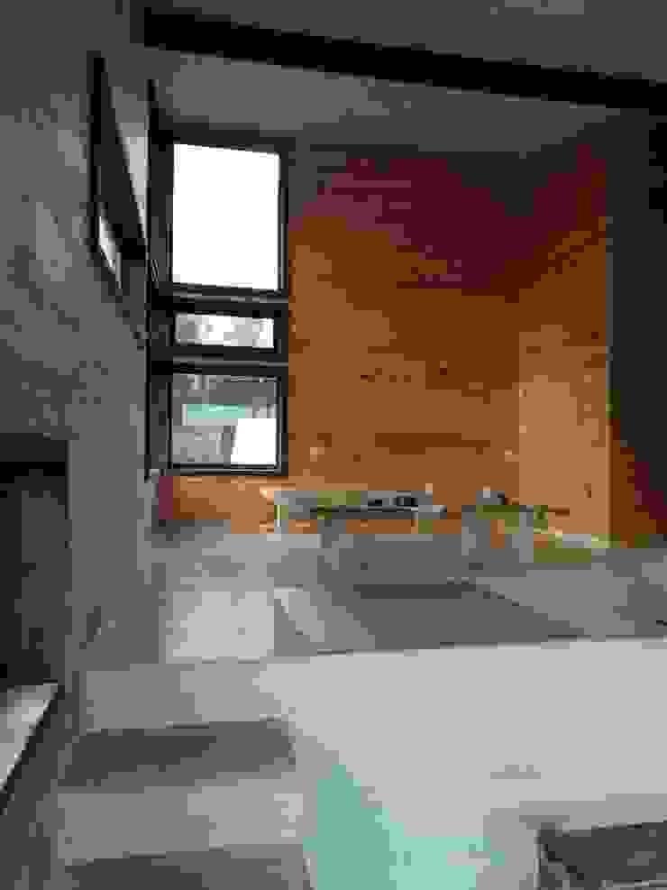 Casa Las Yuntas de Buchupureo Dormitorios de estilo moderno de MS Arquitectos Moderno Madera Acabado en madera