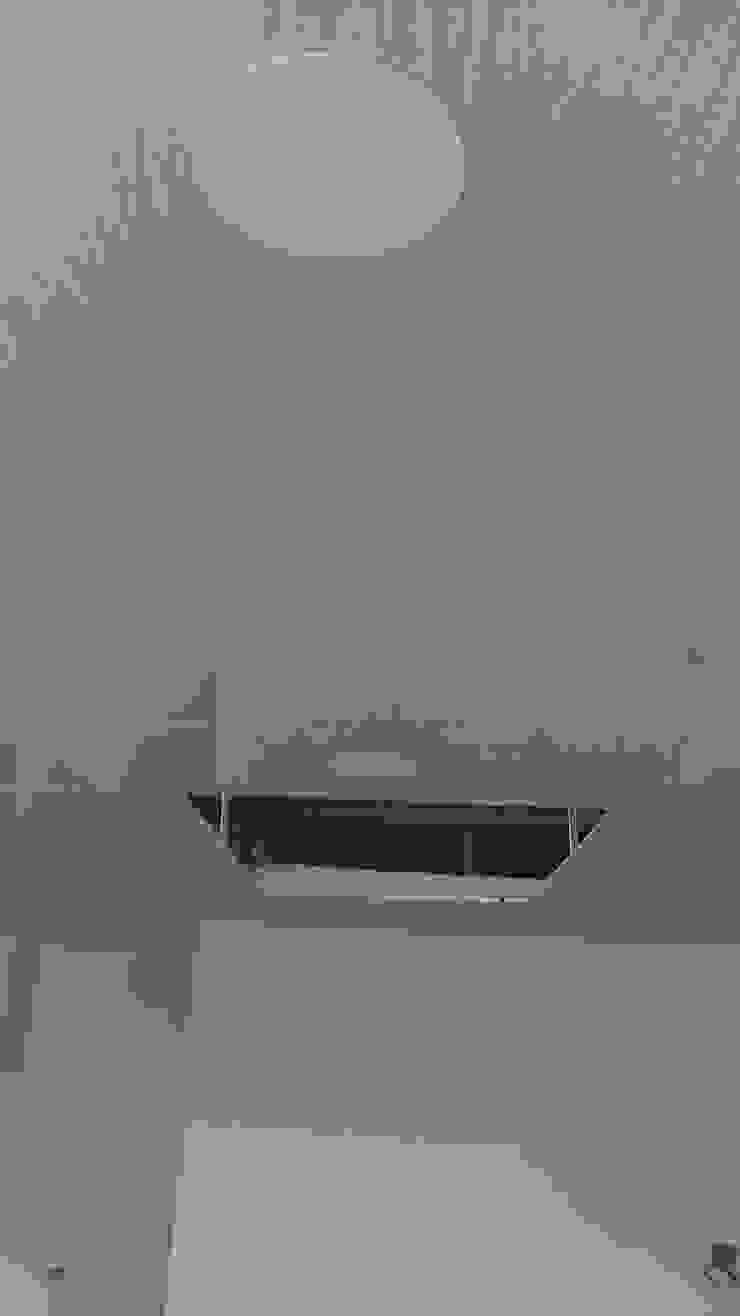 Instalación de cielo raso en PVC de NetCom Construcciones Moderno