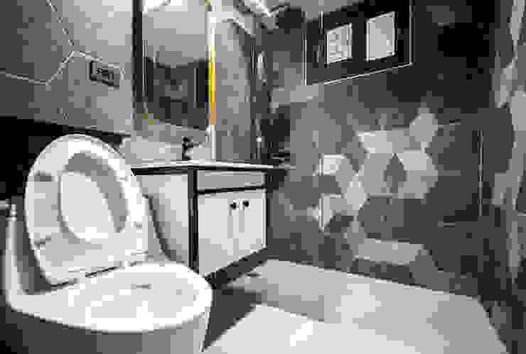 Dr. Liao 浴室裝修案 | 裝修後 Modern Bathroom by 有隅空間規劃所 Modern Tiles