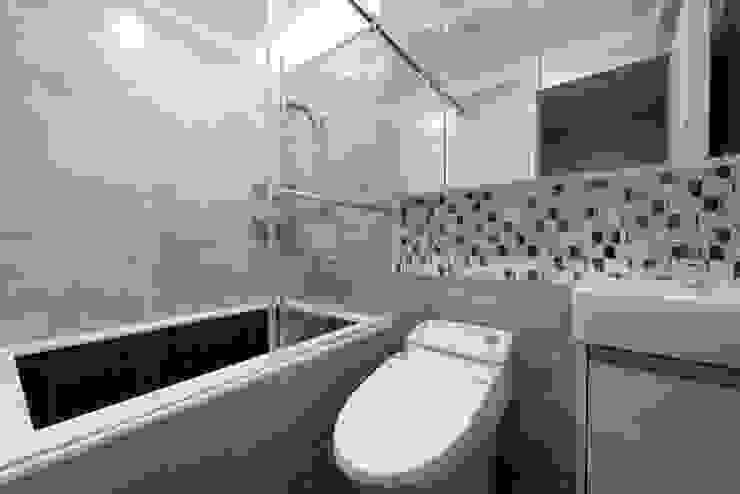 衛浴 你你空間設計 現代浴室設計點子、靈感&圖片 大理石 Beige