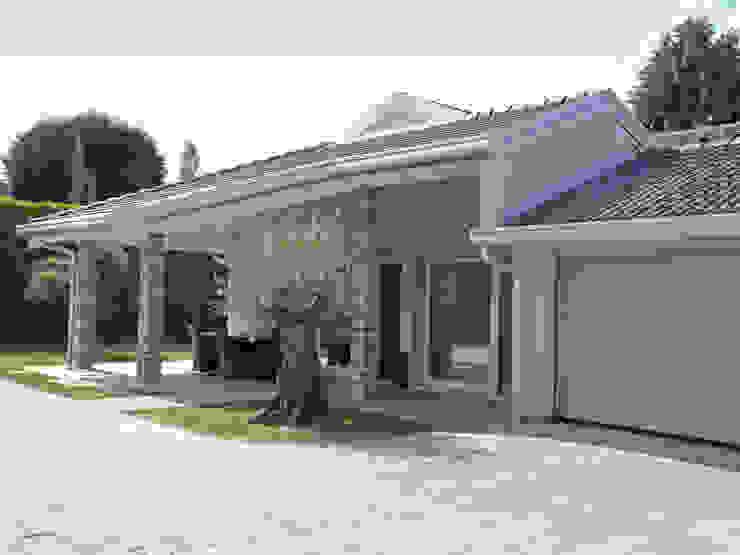 Villa in legno a Pognano (BG) Case classiche di Marlegno Classico Legno Effetto legno