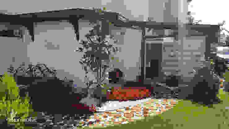 Rustic style garden by konseptDE Peyzaj Fidancılık Tic. Ltd. Şti. Rustic