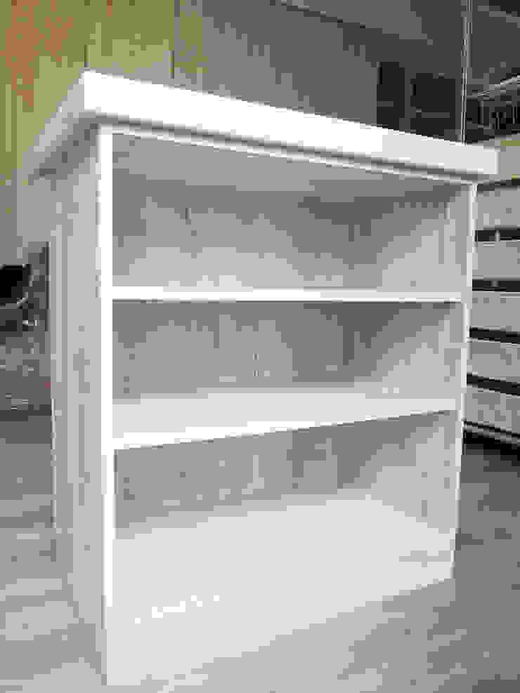 中島 根據 ISQ 質の木系統家具 簡約風