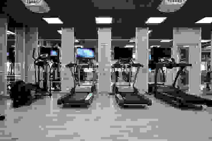 【台南市警察局/第五分局-體能訓練室】 根據 SING萬寶隆空間設計 現代風