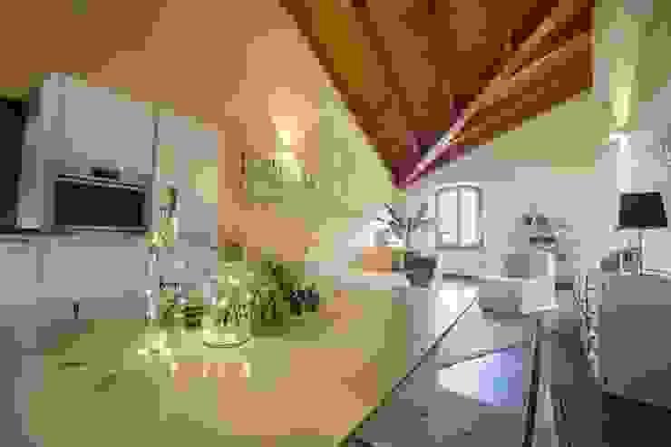 Home Staging EDIFIER DESIGN Cucina moderna