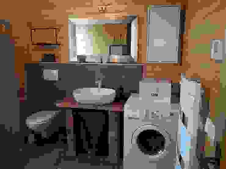 THULE Blockhaus GmbH - Ihr Fertigbausatz für ein Holzhaus Country style bathroom Wood