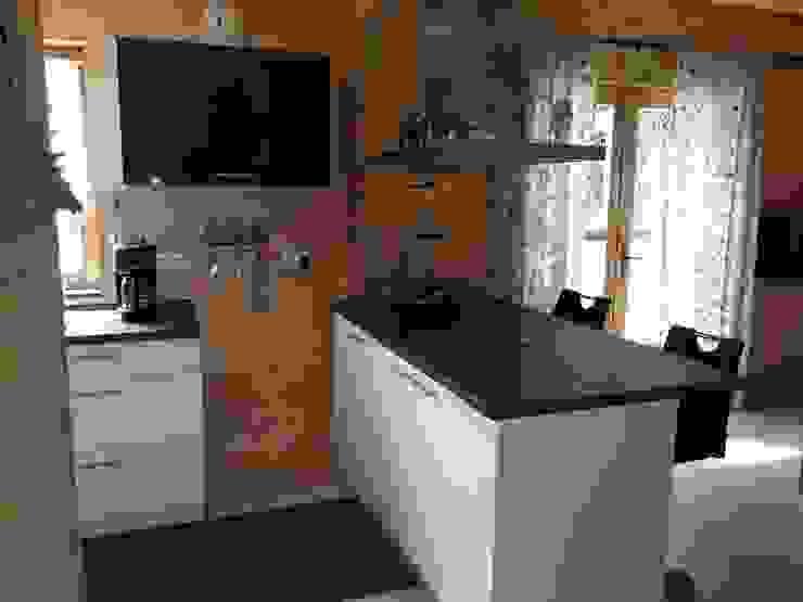 """Blockhaus """"FJORD"""" - der Klassiker von Thule Blockhaus von THULE Blockhaus GmbH - Ihr Fertigbausatz für ein Holzhaus Modern Holz Holznachbildung"""