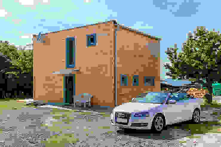 Rückansicht - KUBU von THULE Blockhaus GmbH - Ihr Fertigbausatz für ein Holzhaus Ausgefallen