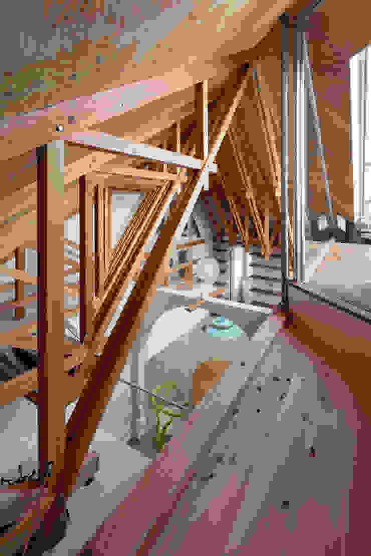 Modern Living Room by FUMIASO ARCHITECT & ASSOCIATES/ 阿曽芙実建築設計事務所 Modern Wood Wood effect