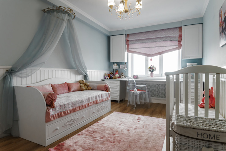 Kamar tidur anak perempuan oleh Элит интерьер и ландшафт , Klasik Kayu Wood effect