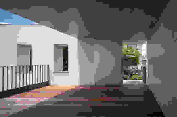3階テラス モダンデザインの テラス の 井上久実設計室 モダン