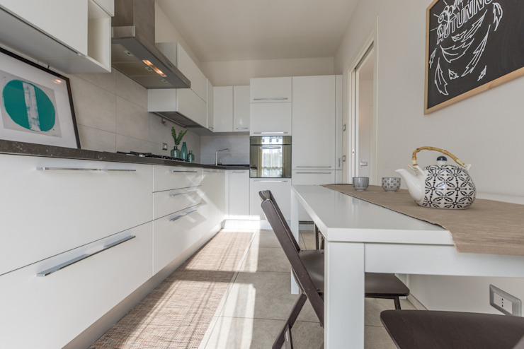 HOME STAGING Mirna Casadei Home Staging Cucina moderna