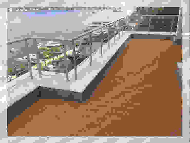 Modern balcony, veranda & terrace by Deck Sistemleri Modern Wood-Plastic Composite