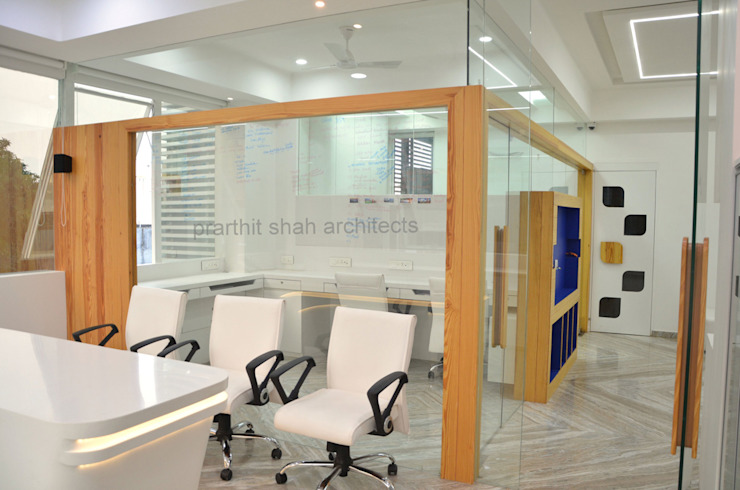 Partition Design prarthit shah architects Minimalist study/office