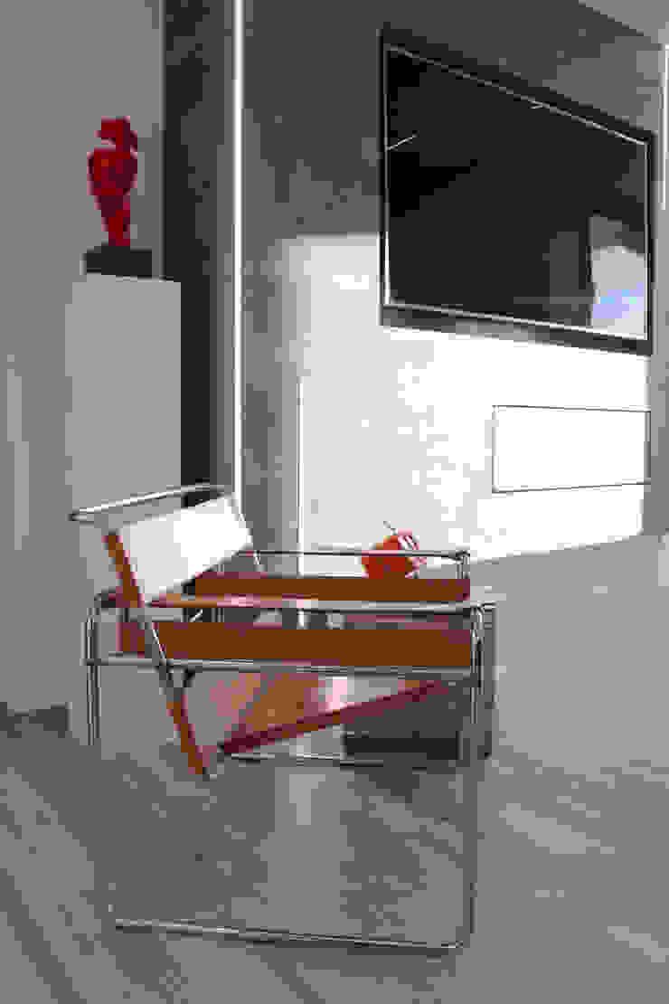 Poltrona moderna Soggiorno minimalista di viemme61 Minimalista
