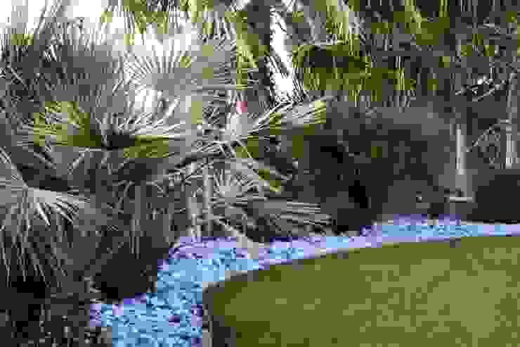 Giardino Giardino minimalista di viemme61 Minimalista