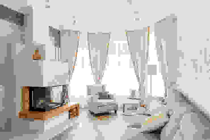 Salas / recibidores de estilo  por SJull Design, Mediterráneo
