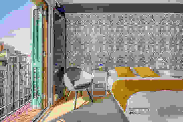 Eixample barcelonés en el interior de un apartamento turístico Hoteles de estilo moderno de Carlos Sánchez Pereyra | Artitecture Photo | Fotógrafo Moderno