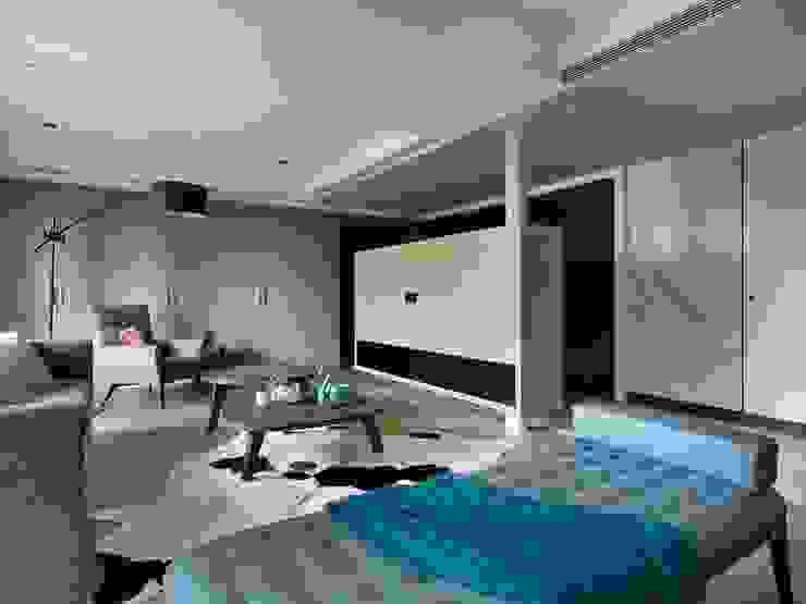 Salas de estilo moderno de 肯星室內設計 Moderno