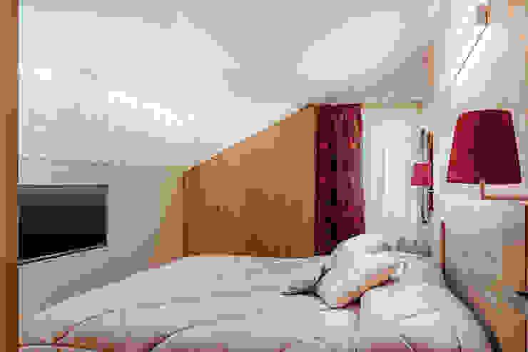 Camera Padronale manuarino architettura design comunicazione Camera da letto minimalista Legno Marrone