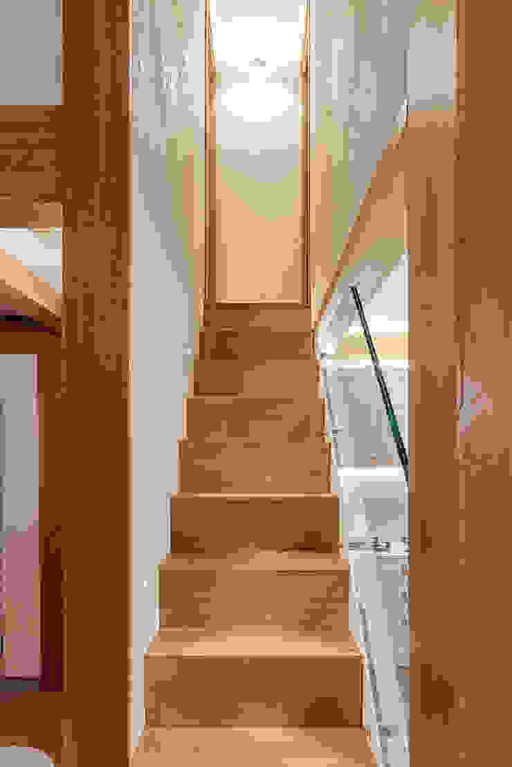 Scala di manuarino architettura design comunicazione Minimalista Legno Effetto legno