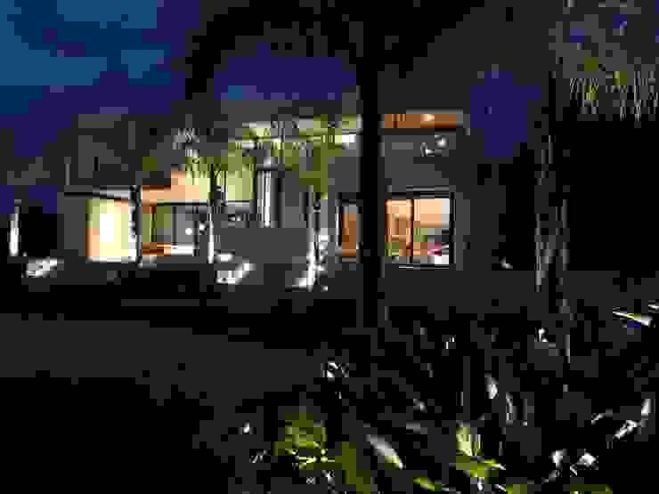Maximiliano Lago Arquitectura - Estudio Azteca Front yard