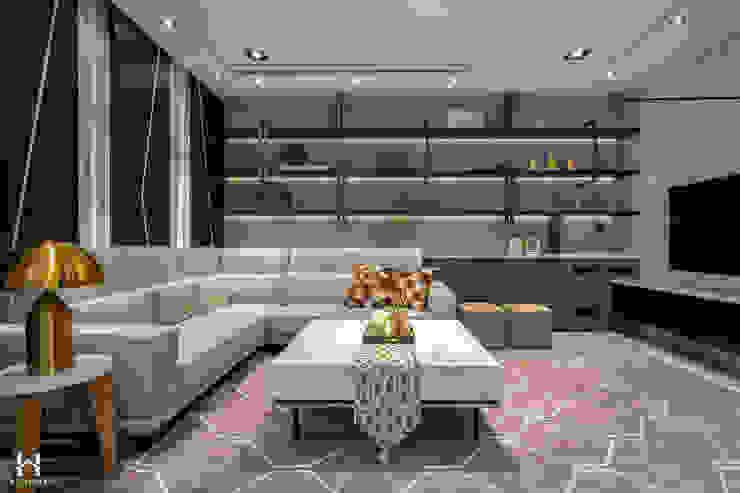 客廳 现代客厅設計點子、靈感 & 圖片 根據 在家空間設計 現代風 實木 Multicolored