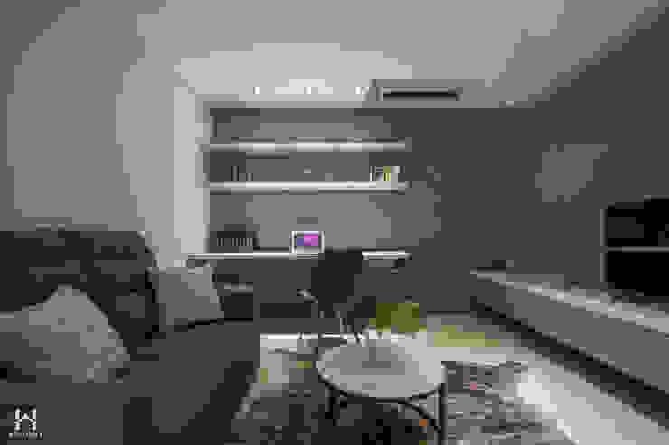 房間起居室 根據 在家空間設計 現代風 實木 Multicolored