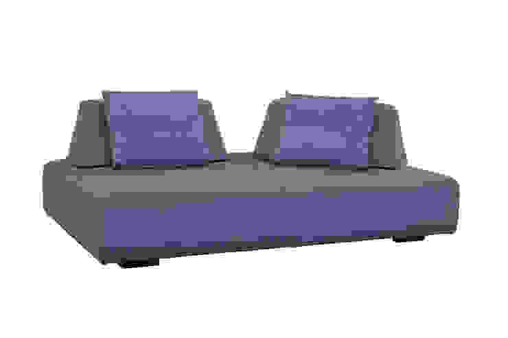 芬蘭原裝進口沙發 STREET sofa  : 斯堪的納維亞  by 祺昱家居台中館, 北歐風 實木 Multicolored