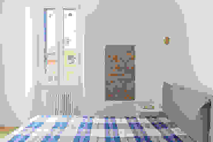 IL MARE A MILANO Camera da letto in stile mediterraneo di GruppoTre Architetti Mediterraneo