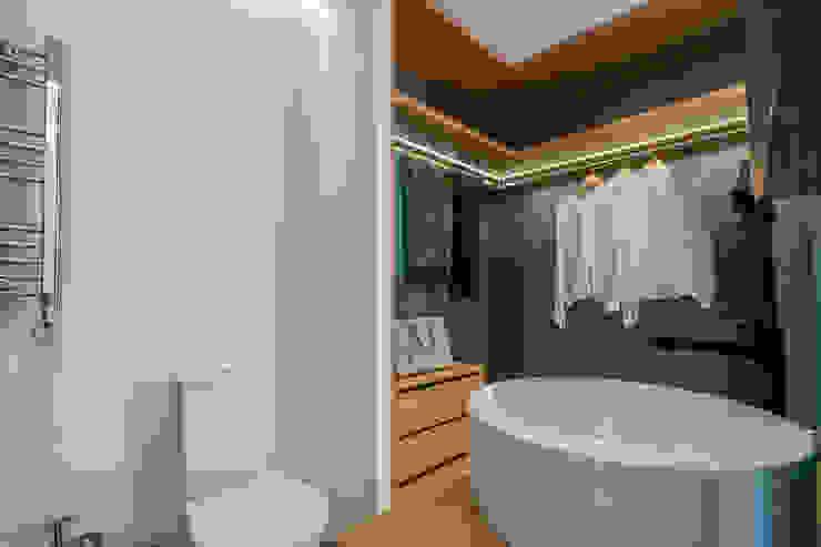 Salle de bain moderne par FEMMA Interior Design Moderne