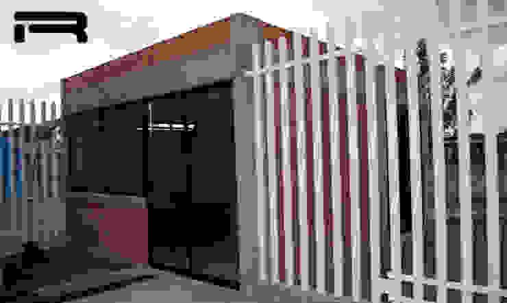 Fachada interior de la dirección Estudios y despachos minimalistas de Rabell Arquitectos Minimalista
