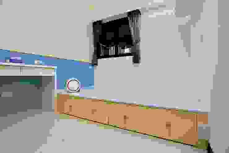 兒童房顏色繽紛 根據 藏私系統傢俱 簡約風