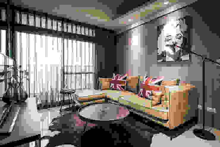 沙發背牆 根據 你你空間設計 工業風