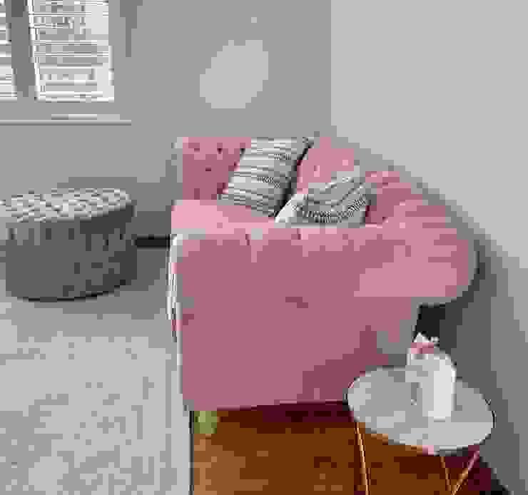 Custom Furniture Modern Bedroom by CS DESIGN Modern