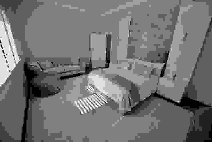 Fourways Project:  Bedroom by CS DESIGN, Modern