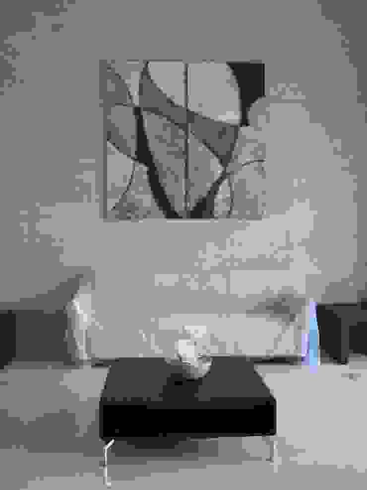 minimalist  by 邑境藝術創作工作室, Minimalist