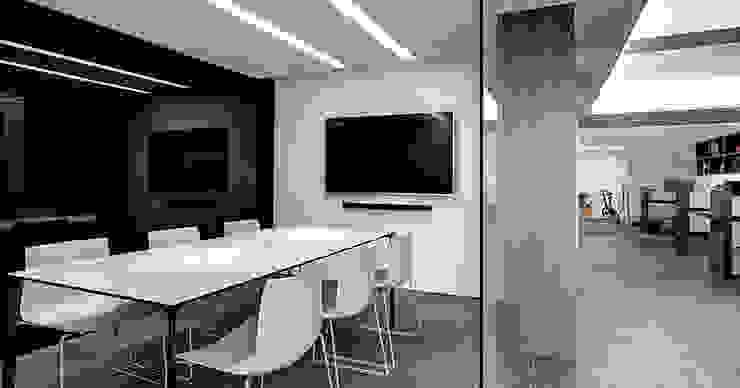 奕所設計-會議室 根據 奕所設計有限公司 簡約風
