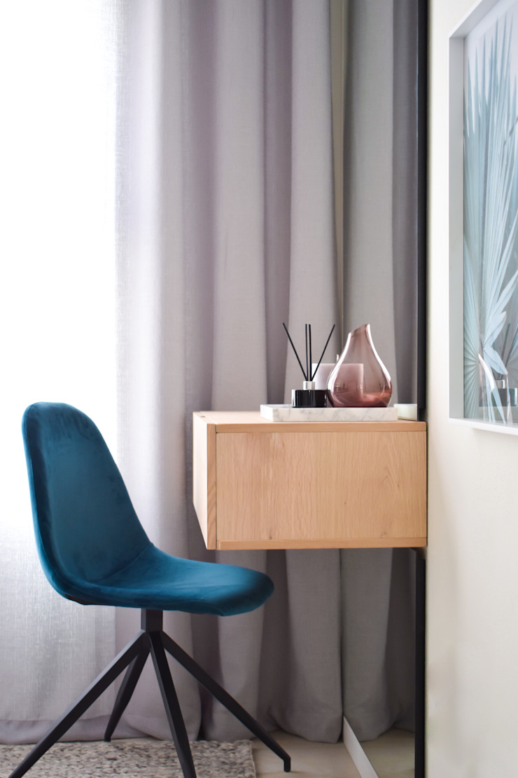 Show Unit For Purchase: modern  by Design Air, Modern