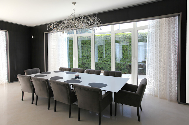 Modern dining room by Marcotte Style Modern Plastic