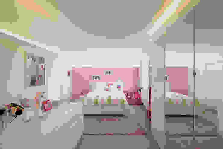 Moderne meisjes slaapkamer Marcotte Style Moderne slaapkamers Glas Roze