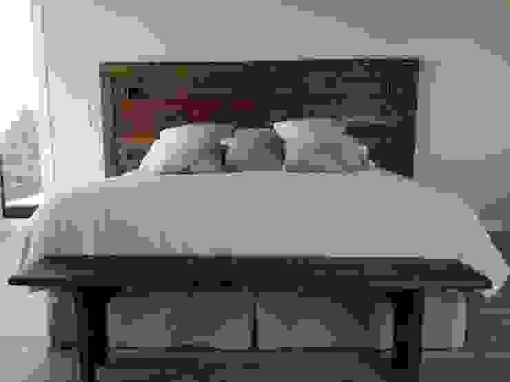 Naturalis Muebles Ecológicos 臥室床與床頭櫃 實木