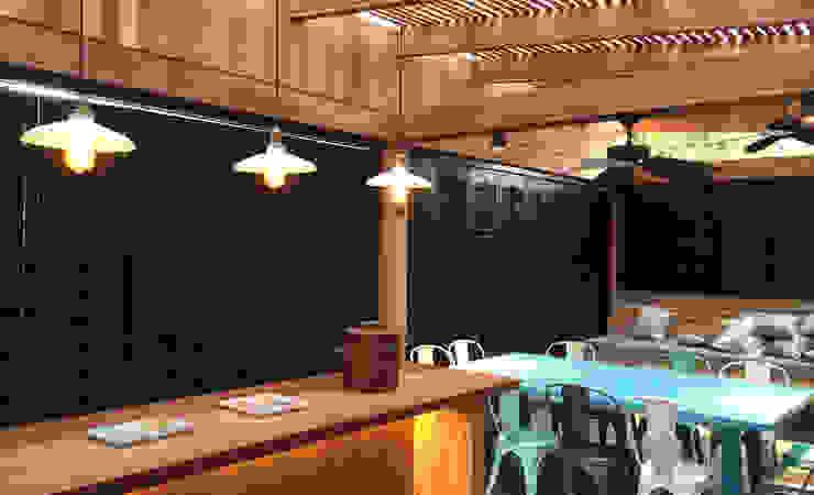 Quincho CONSTRUCTORA DHTC LIMITADA Balcones y terrazas industriales Madera maciza Acabado en madera