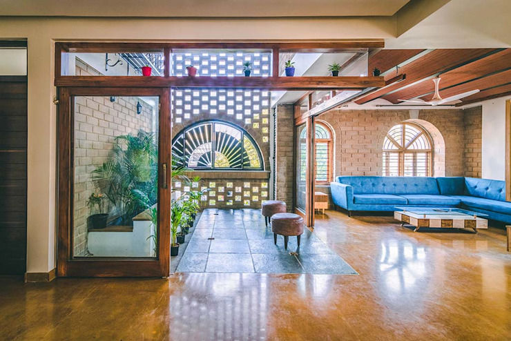 Kochar's House Tropical style living room by Tropic responses Tropical